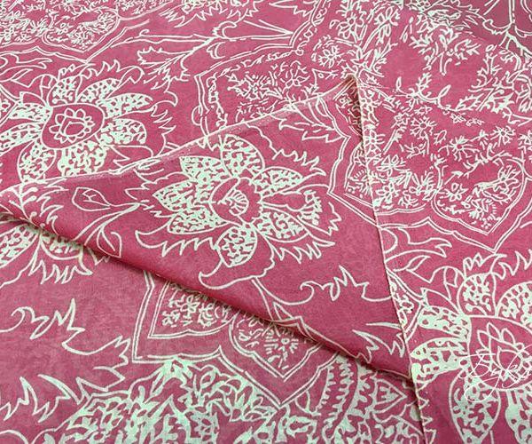 Розовый Шелк Батист с Цветами