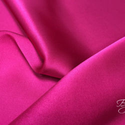 розовый шелк атлас