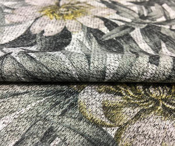Серый Трикотаж с Серыми Листьями