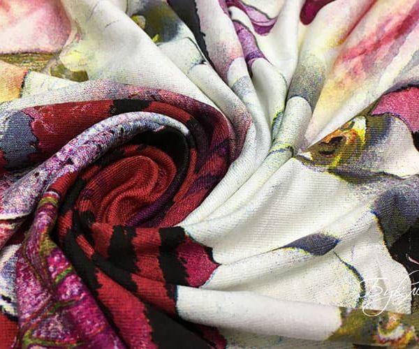 Трикотаж с Фиолетовыми Листьями