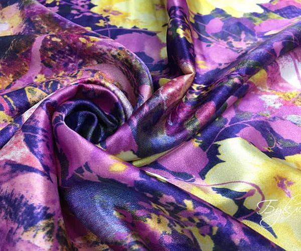 Фиолетовый Атлас с Цветами