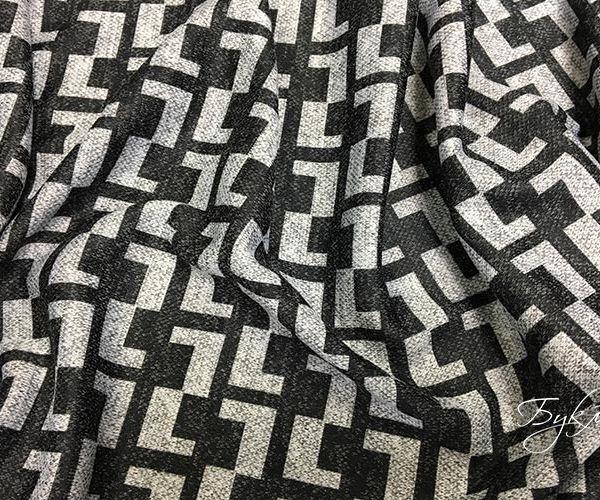 Черный с Серым Трикотаж с Орнаментом