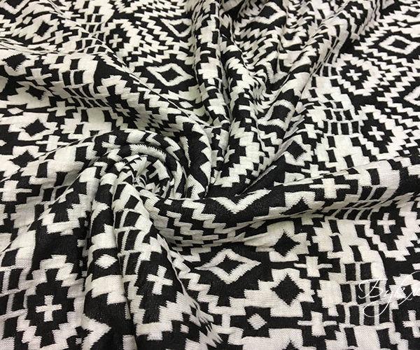 Черно-белый Трикотаж с Орнаментом