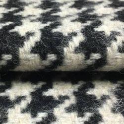 Черно-белая Шерсть Гусиная Лапка