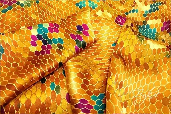 Атласная Ткань с Сотами Италия