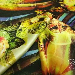 Атласная Ткань с Цветами Италия