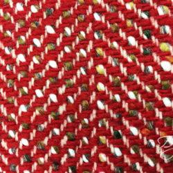Красная пальтовая ткань