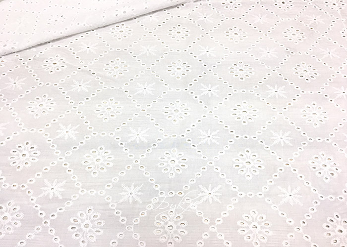 Хлопок Шитье Белый Снежинки