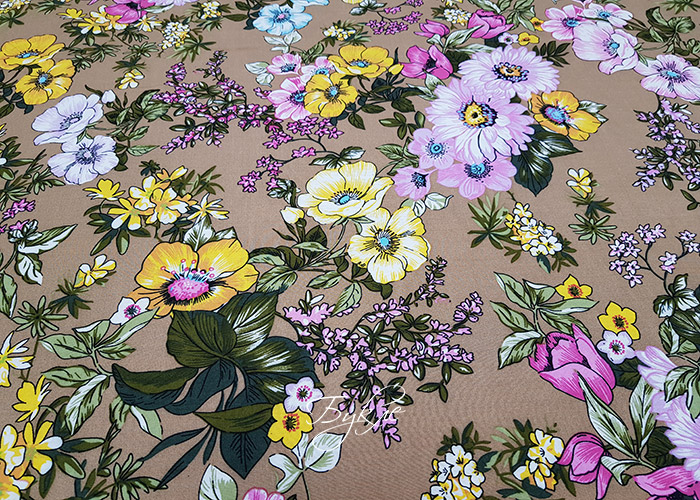 Вискоза Штапель Цветы на Бежевом